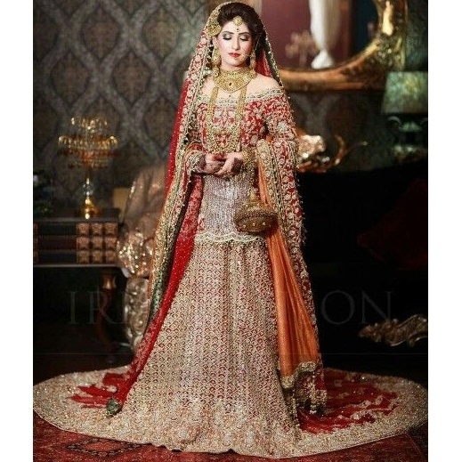 Red Bridal Trail Lehenga 676 , Pakistan Bridal Dresses